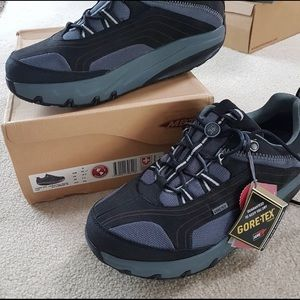 Mbt men shoes size 10.5